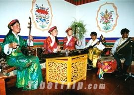 Musical instruments for Tibetan dance